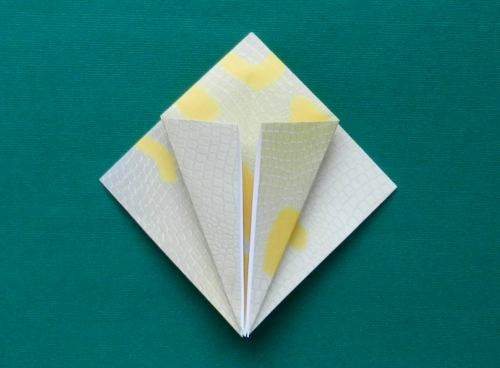 Origami Valley and Mountain Folds - How to make Origami Valley and ... | 368x500