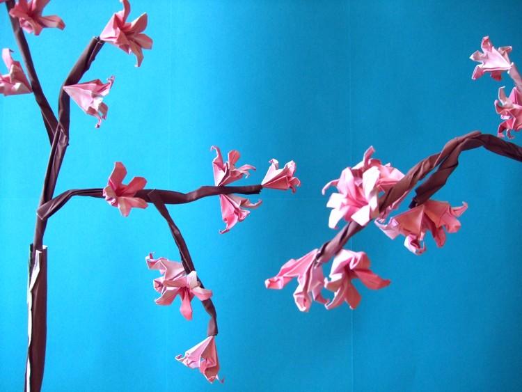 Origami Cherry Blossom Tutorial - Paper Kawaii   563x750