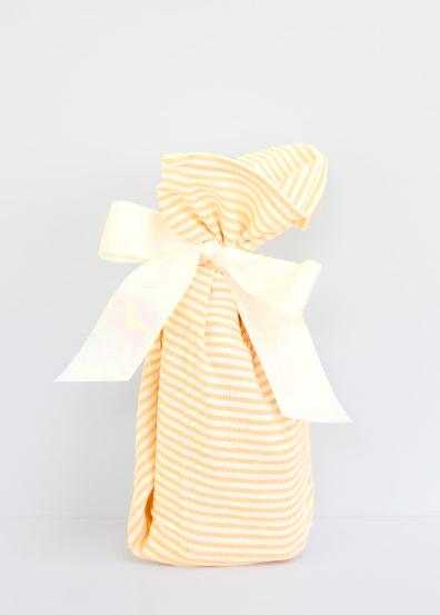 Hand towel gift wrap